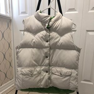 ❤️ 2 for $15 Women's American Eagle Puffy Vest❤️